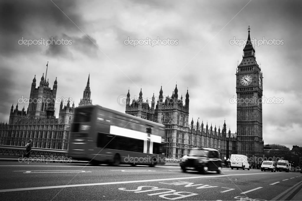 биг-бен черно-белое фото
