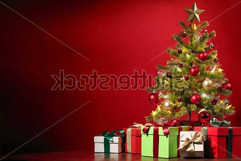Елка с подарками 2017