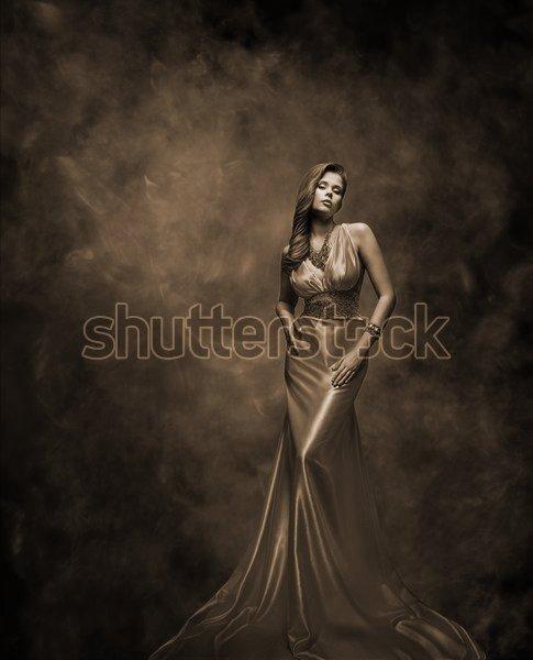 Постер платье